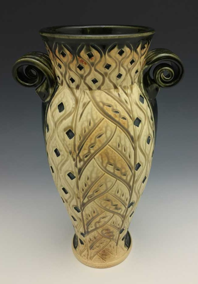Medium Vase, Black & Tan